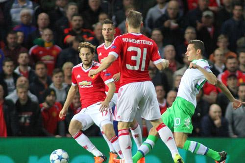 bastian schweinsteiger manchester united 9