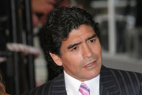 diego maradona anzug