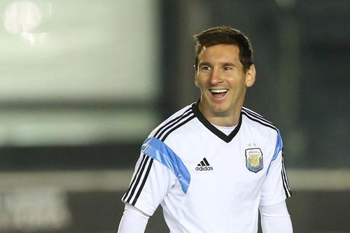 lionel messi argentinien 16