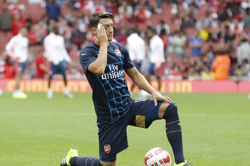 mesut ozil arsenal 18