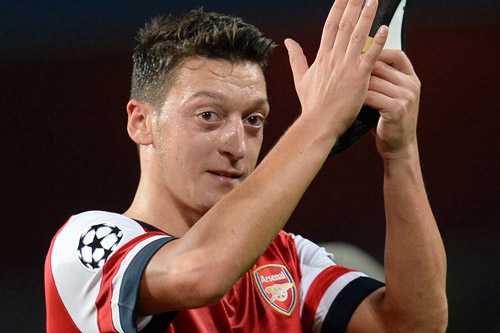 mesut ozil arsenal 5