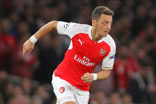 mesut ozil arsenal 9