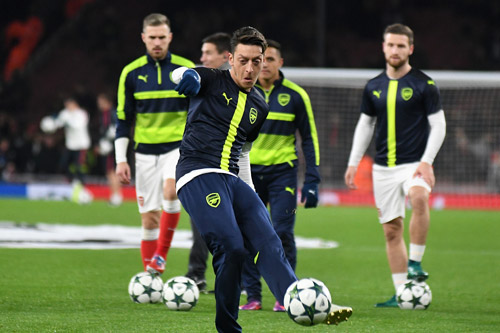 mesut ozil arsenal training