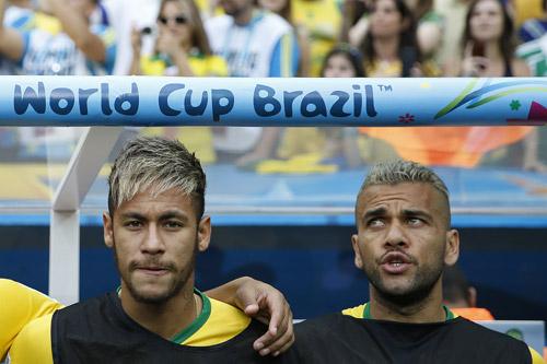 neymar selecao 2016 dani alves 2