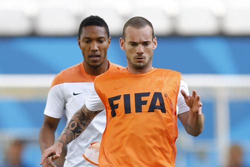 wesley sneijder 2016 4