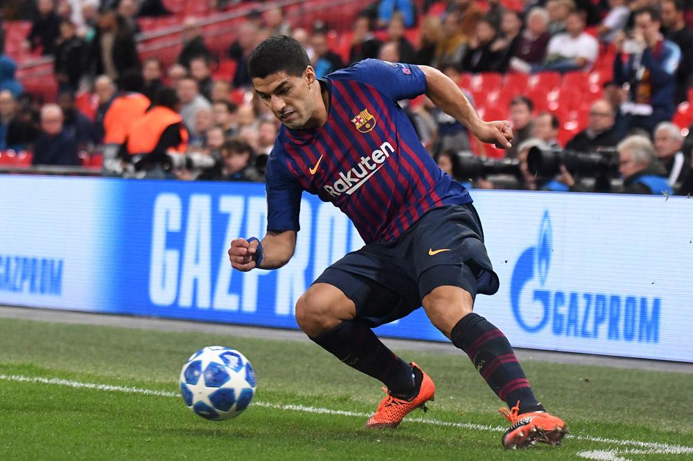 Luis Suarez trifft auf einen seiner Lieblingsgegner
