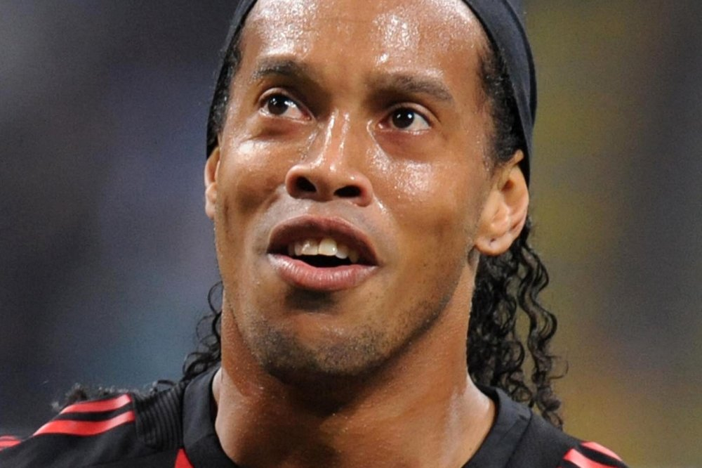 Ronaldinho Im Gefängnis