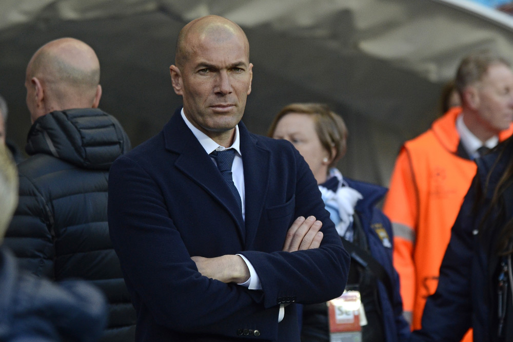 Taktik und Transfers: Real-Bosse zweifeln an Zinedine Zidane