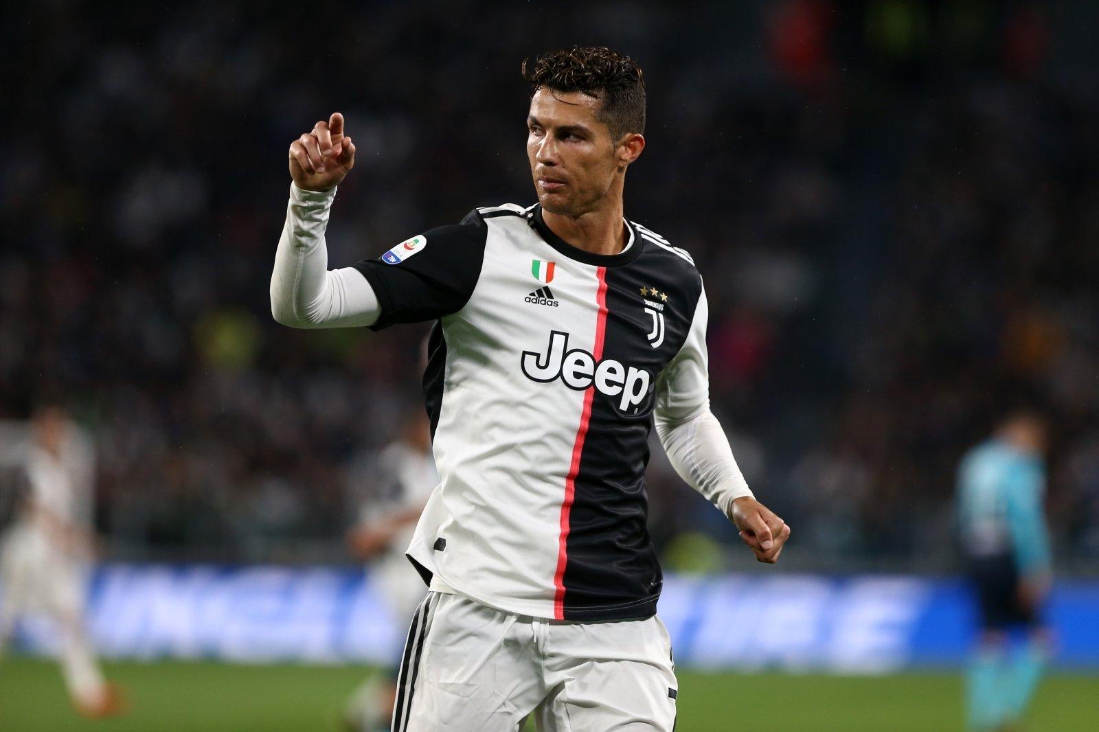 Cristiano Ronaldo stellt Bestmarke von Leo Messi ein - Fussball Europa
