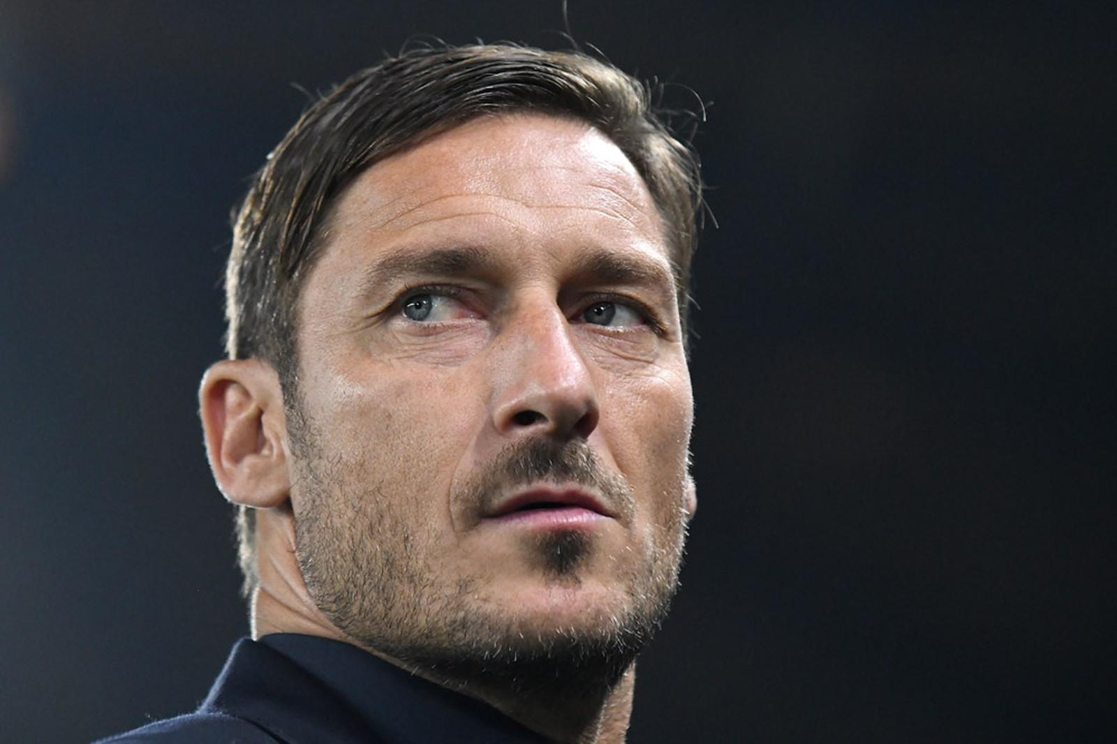 Botschafter statt Manager?: Roma-Rückkehr: Reicht Francesco Totti der  angebotene Posten?
