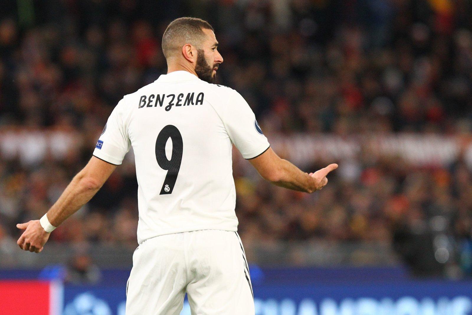 Real Madrid: Karim Benzema zieht mit Roberto Carlos gleich - und holt  Clarence Seedorf ein