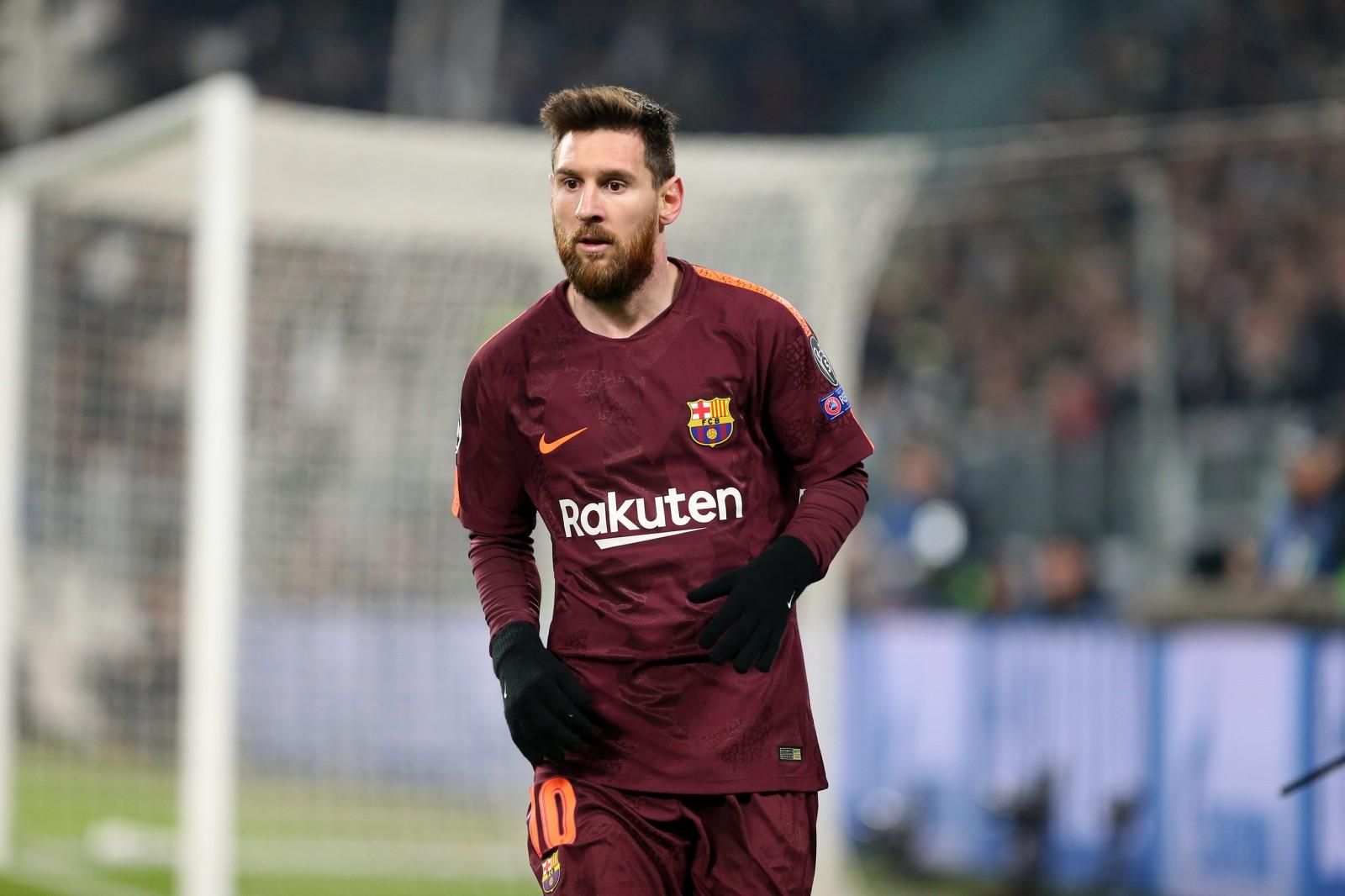 Lionel Messi: Rummenigge gratuliert zu Mega-Vertrag, will aber anderes Gehaltsmodell - Fussball Europa